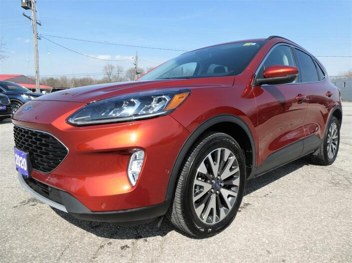 2020 Ford Escape Titanium Hybrid | Navigation | Blind Spot Detection | Remote Start Essex ON
