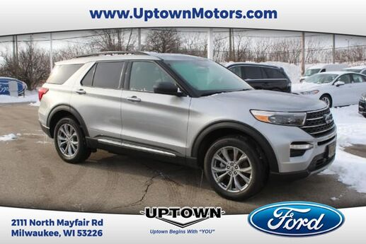 2020 Ford Explorer XLT 4WD Milwaukee and Slinger WI
