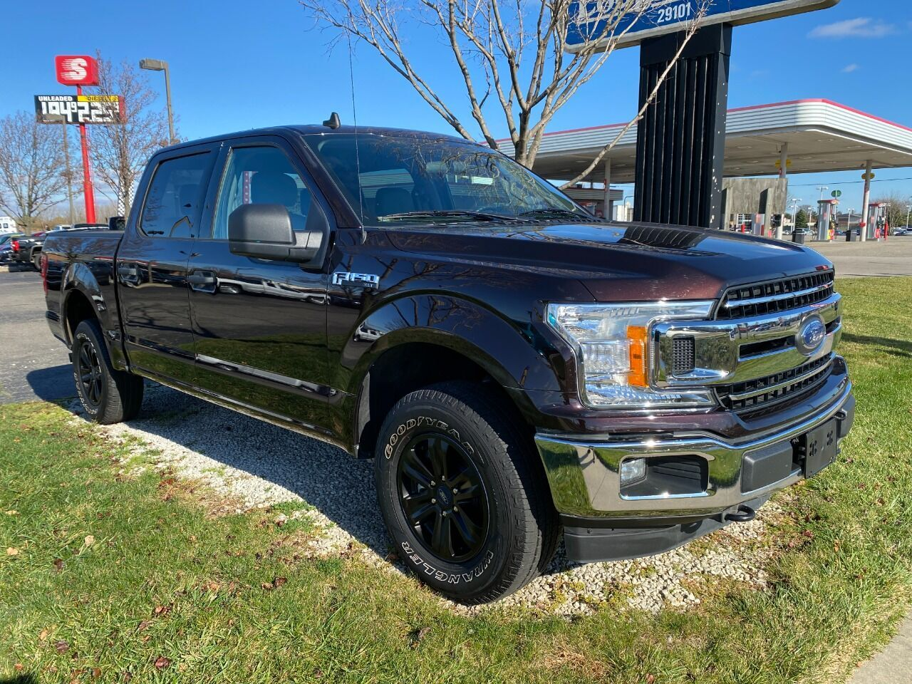 2020 Ford F-150 XLT 4x4 4dr SuperCrew 5.5 ft. SB Chesterfield MI