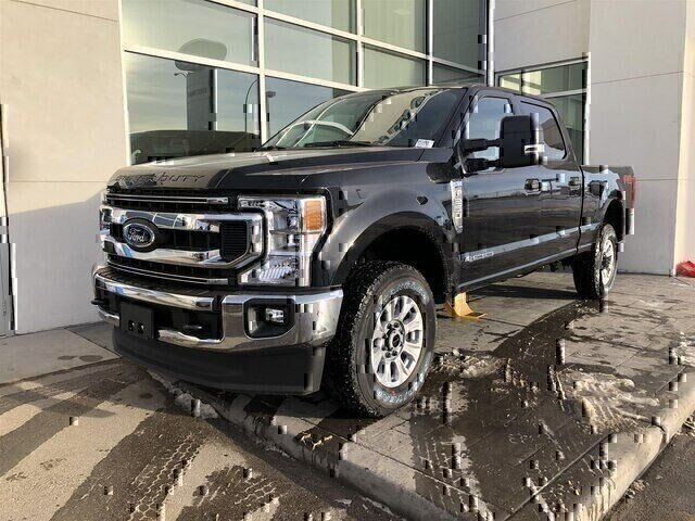 2020 Ford F-250 XLT FX4 Remote start Tailgate step Calgary AB