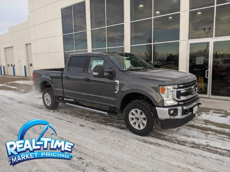 2020_Ford_F-350 Super Duty_XLT_ Claresholm AB