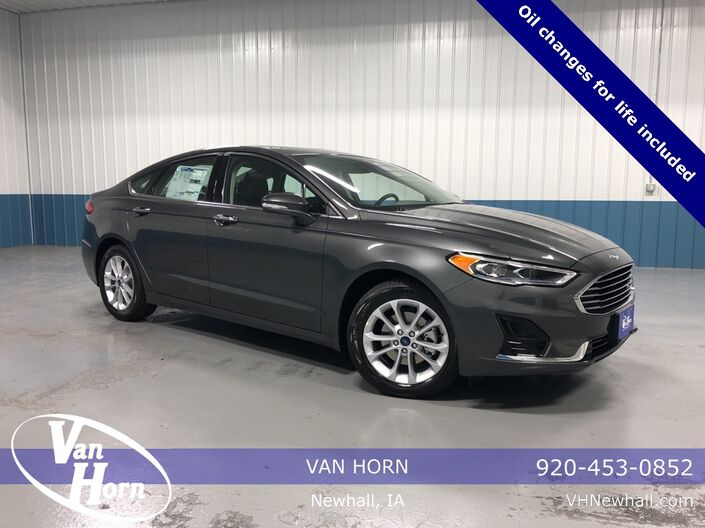 2020 Ford Fusion Hybrid SEL Plymouth WI