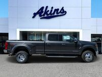 Ford Super Duty F-350 DRW LARIAT 2020