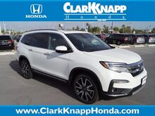 2020_Honda_Pilot_Touring w/Rear Captains Chairs_ Pharr TX