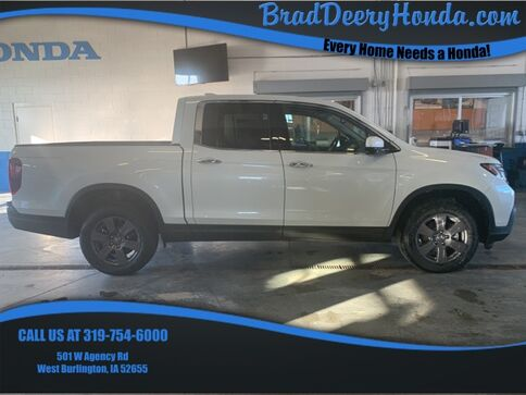 2020_Honda_Ridgeline_RTL-E_ West Burlington IA