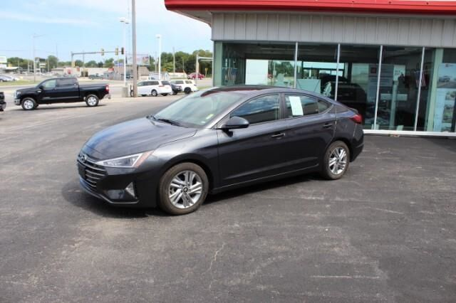 2020 Hyundai Elantra Limited IVT Fort Scott KS