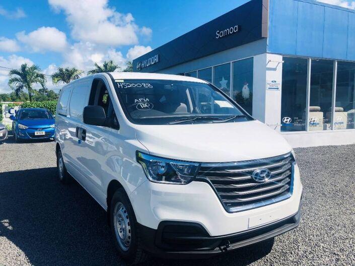 2020 Hyundai H-1 CARGO 3 PASSENGER 2.5L DIESEL 6-Speed Manual Transmission 2.5L DIESEL 2WD 6MT Vaitele