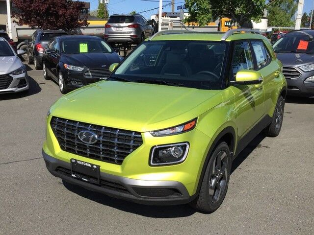 2020 Hyundai Venue Ultimate w/Grey-Lime Interior Victoria BC
