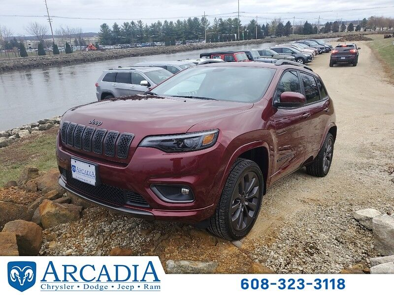 2020 Jeep Cherokee HIGH ALTITUDE 4X4 Arcadia WI