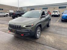 2020_Jeep_Cherokee_Trailhawk_ Milwaukee and Slinger WI