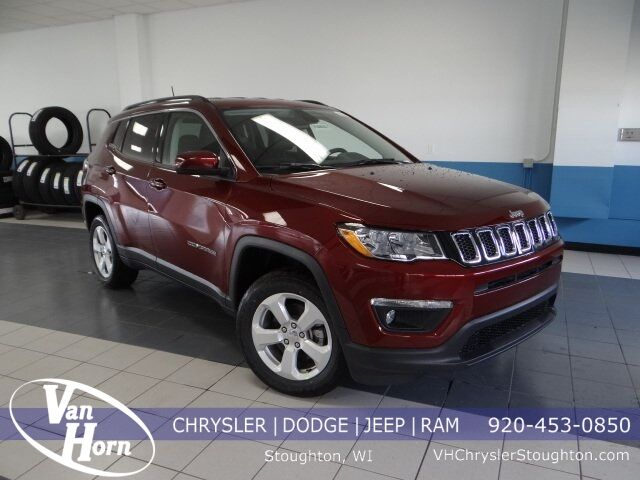 2020 Jeep Compass LATITUDE 4X4 Stoughton WI