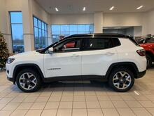 2020_Jeep_Compass_Limited_ Milwaukee and Slinger WI