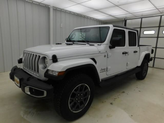 2020 Jeep Gladiator Overland 4x4 Manhattan KS
