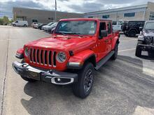 2020_Jeep_Gladiator_Overland_ Milwaukee and Slinger WI