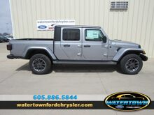 2020_Jeep_Gladiator_Overland_ Watertown SD