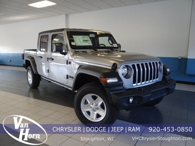 2020 Jeep Gladiator Sport S Milwaukee WI