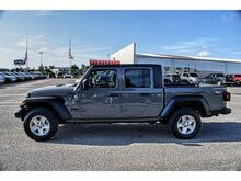 2020_Jeep_Gladiator_Sport S_ Pampa TX