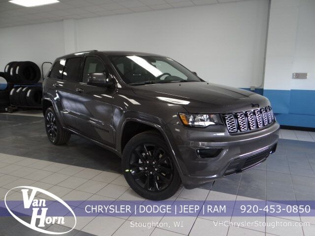 2020 Jeep Grand Cherokee ALTITUDE 4X4 Plymouth WI
