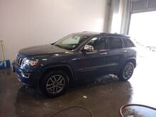 2020_Jeep_Grand Cherokee_Limited_ Viroqua WI