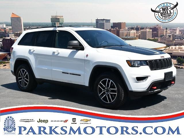 2020 Jeep Grand Cherokee Trailhawk Wichita KS