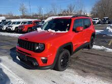 2020_Jeep_Renegade_Latitude_ Milwaukee and Slinger WI