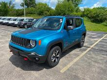 2020_Jeep_Renegade_Trailhawk_ Milwaukee and Slinger WI