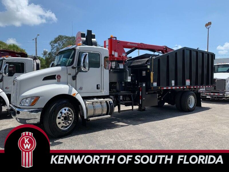 2020 Kenworth T370 Grapple