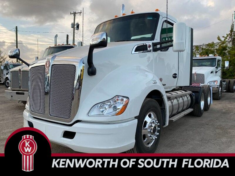 2020 Kenworth T680 Day Cab Fort Lauderdale FL