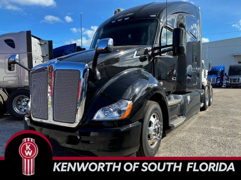 2020 Kenworth T680 Sleeper Fort Lauderdale FL
