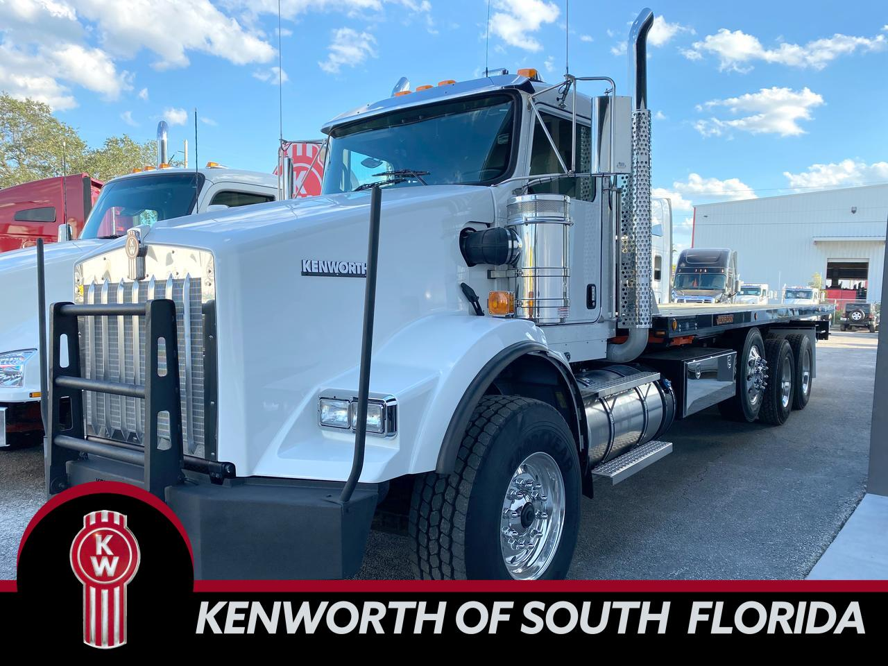 2020 Kenworth T800 HD Rollback