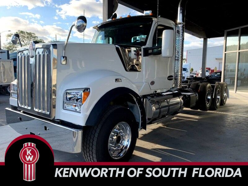 2020 Kenworth W990 Day Cab Fort Lauderdale FL