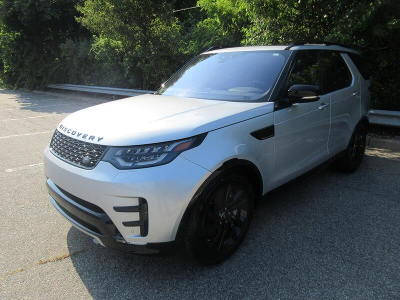 2020_Land Rover_Discovery_Landmark Edition_ Warwick RI