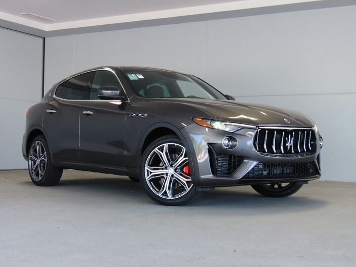 2020 Maserati Levante Base Merriam KS