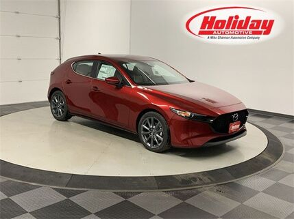 2020_Mazda_Mazda3 Hatchback_with Preferred Pkg_ Fond du Lac WI