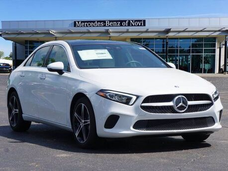 2020_Mercedes-Benz_A_220 4MATIC® Sedan_  Novi MI