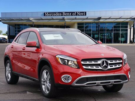 2020_Mercedes-Benz_GLA_250 4MATIC® SUV_  Novi MI