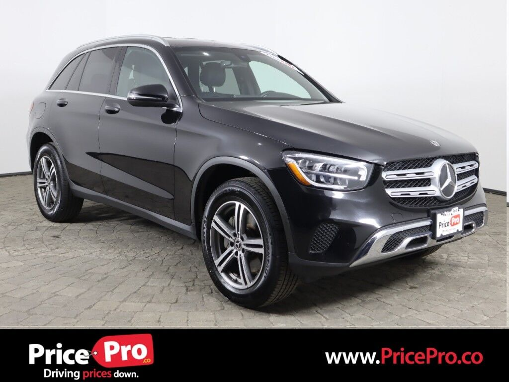 2020 Mercedes-Benz GLC 300 4MATIC w/Heated Leather