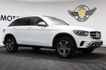 2020_Mercedes-Benz_GLC_GLC 300 Navigation Pano Roof Blind Spot_ Houston TX