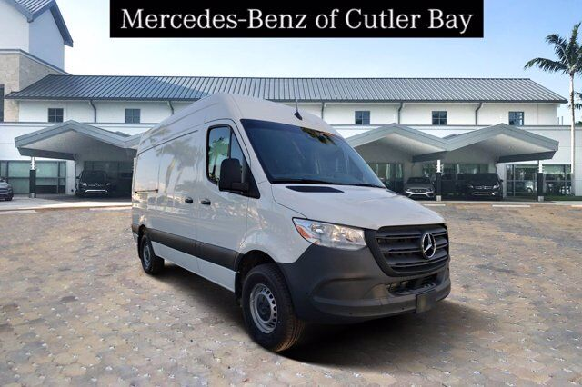 2020 Mercedes-Benz Sprinter 1500 Cargo Van Cutler Bay FL