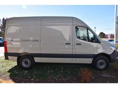 2020_Mercedes-Benz_Sprinter 1500 Cargo Van__ Medford OR