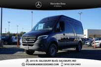 Mercedes-Benz Sprinter 1500 Cargo Van 144 in. WB 2020