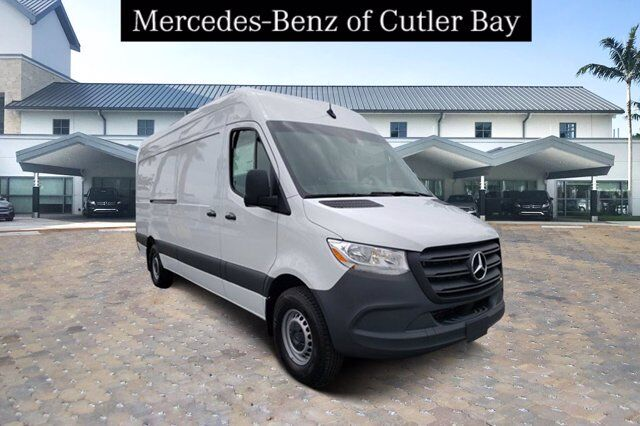 2020 Mercedes-Benz Sprinter 2500 Cargo Van Cutler Bay FL