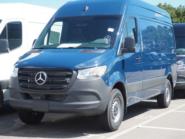 2020 Mercedes-Benz Sprinter 2500 Cargo Van Long Island City NY