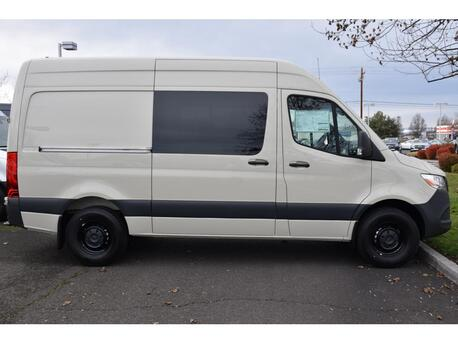 2020_Mercedes-Benz_Sprinter 2500 Crew Van__ Medford OR