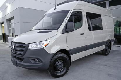 2020 Mercedes-Benz Sprinter 2500 Crew Van