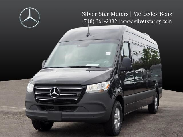 2020 Mercedes-Benz Sprinter 2500 Passenger Van Long Island City NY