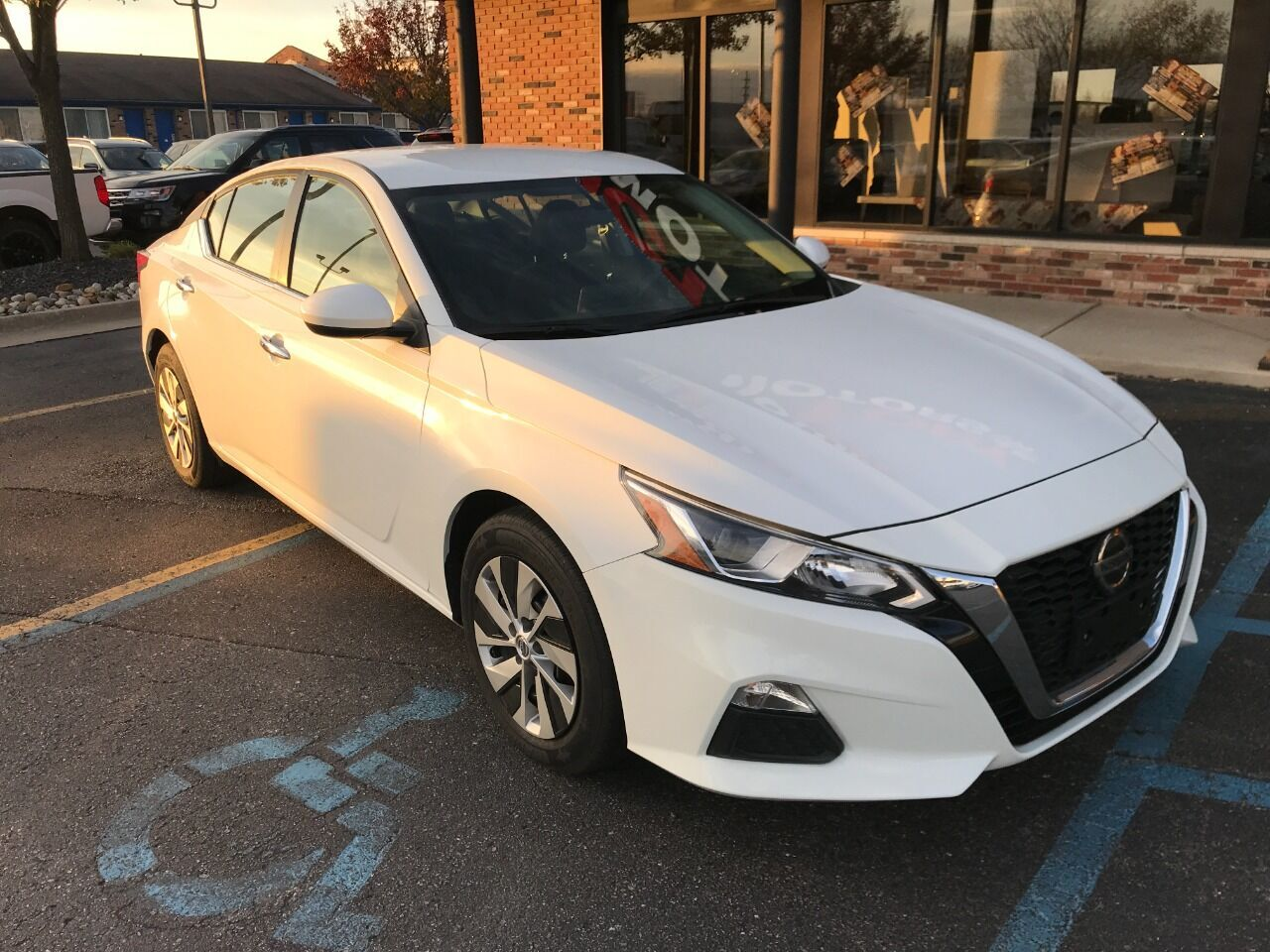2020 Nissan Altima 2.5 SR 4dr Sedan Chesterfield MI
