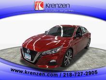 2020_Nissan_Altima_2.5 SR_ Duluth MN