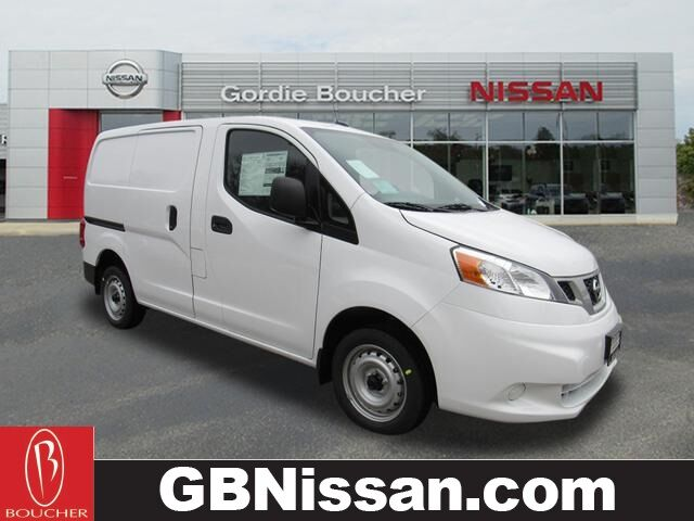 2020 Nissan NV200 S Greenfield WI