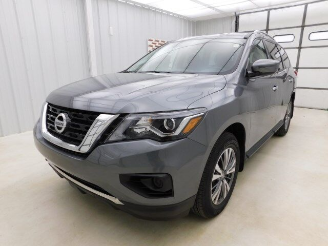 2020 Nissan Pathfinder 4x4 S Manhattan KS